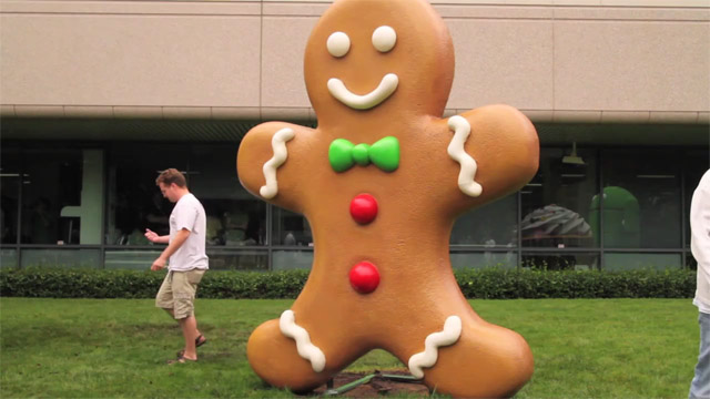 Mr Gingerbread arrives at Google HQ