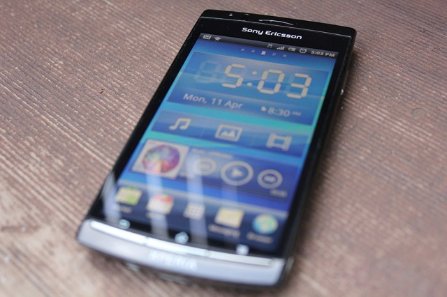 Sony Ericsson Xperia Arc delayed yet again, this time late May/early June