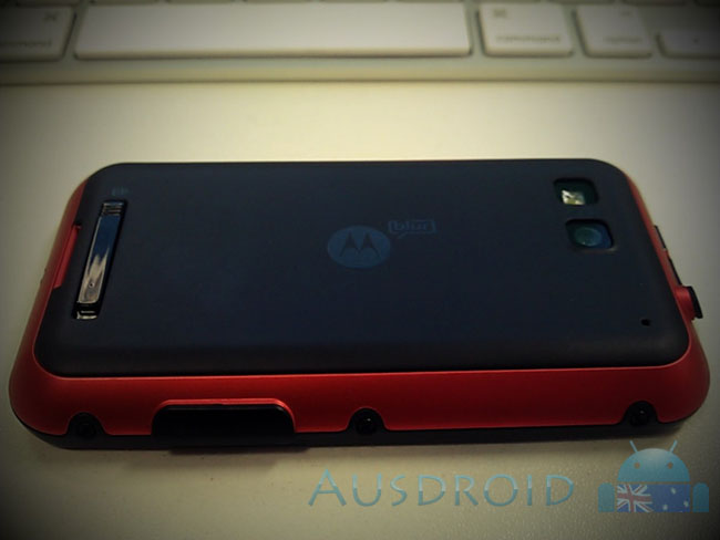 Rumour: Virgin to launch the Motorola Defy in exclusive Red colour? (update: Yes and No)