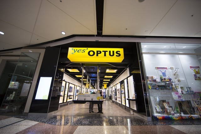 Optus begins revamp of retail strategy – new stores and service focused