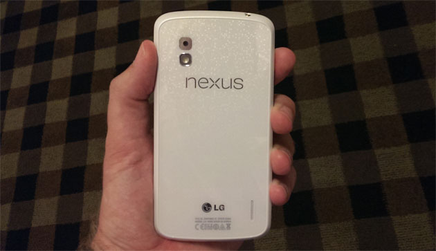 White Nexus 4 and Android 4.3 coming 10 June?