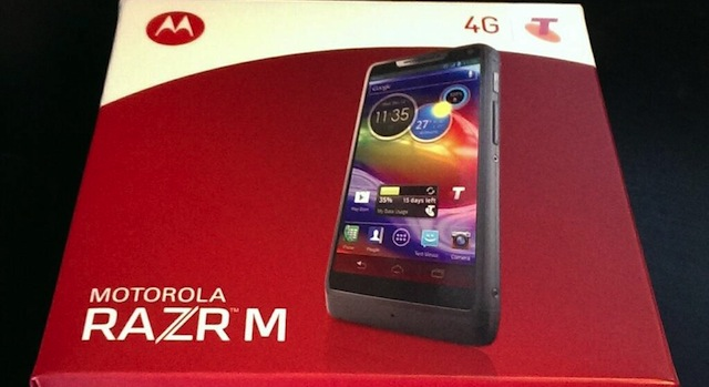Motorola RAZR M — Auction