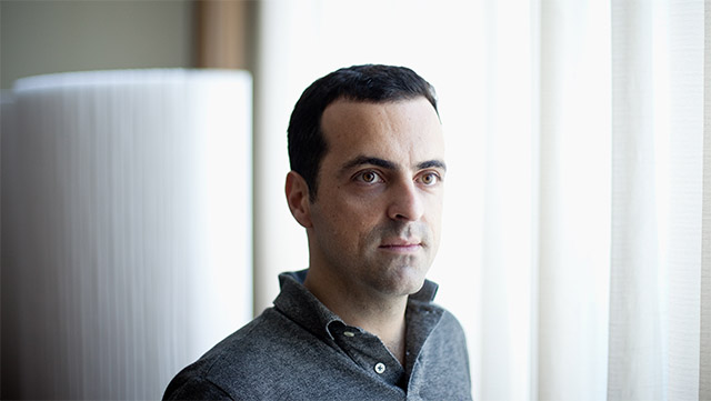 Android VP, Hugo Barra, is leaving Google to join Chinese phone manufacturer Xiaomi