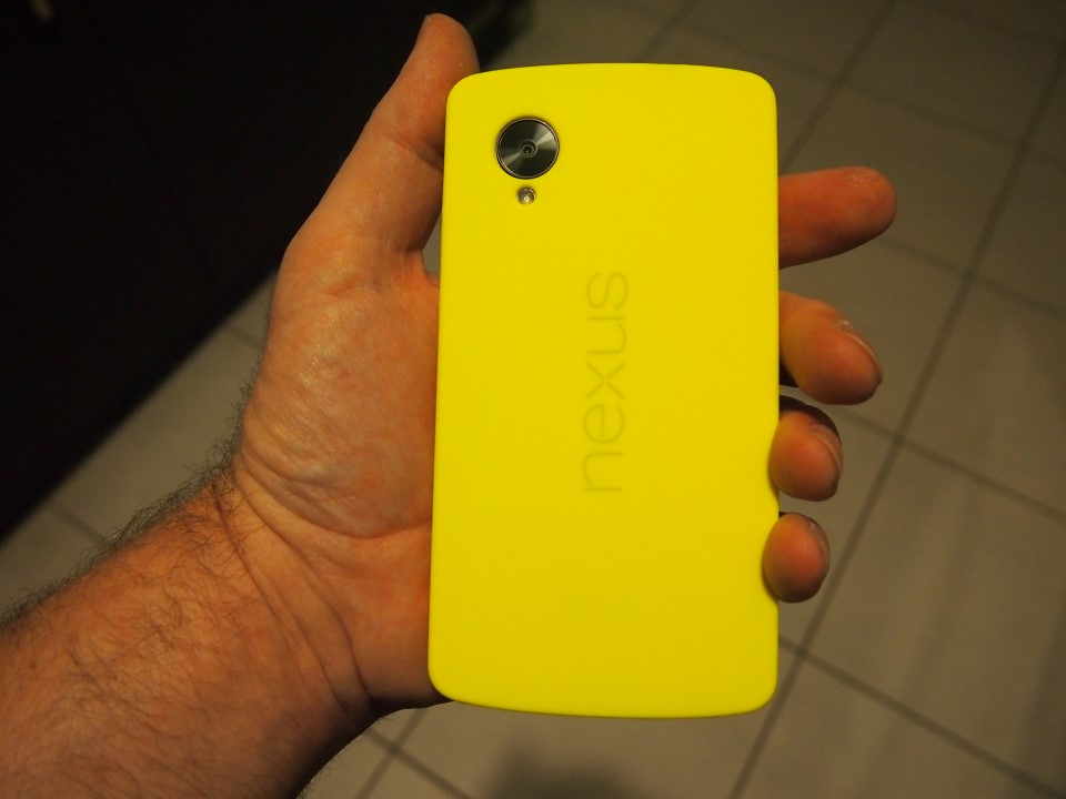 OLYMPUS DIGITAL CAMERA Nexus 5 Bumper Case Yellow