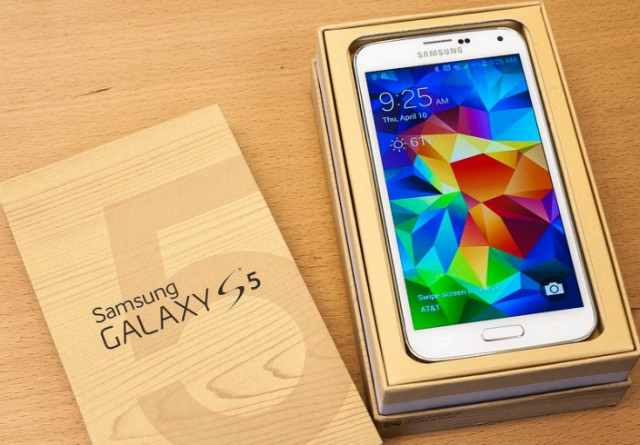 Samsung Galaxy S5 to receive an update to fix fingerprint scanner and camera performance