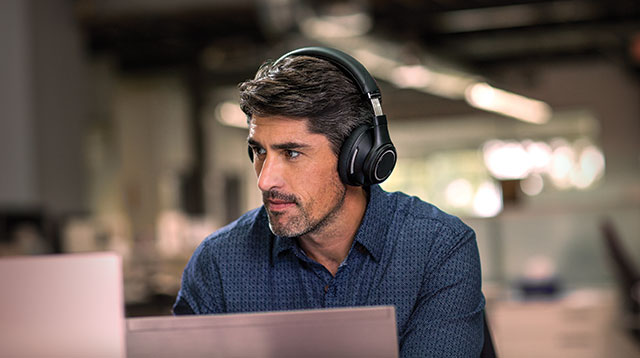 Plantronics launches the BackBeat Pro at AU $349, in stores soon
