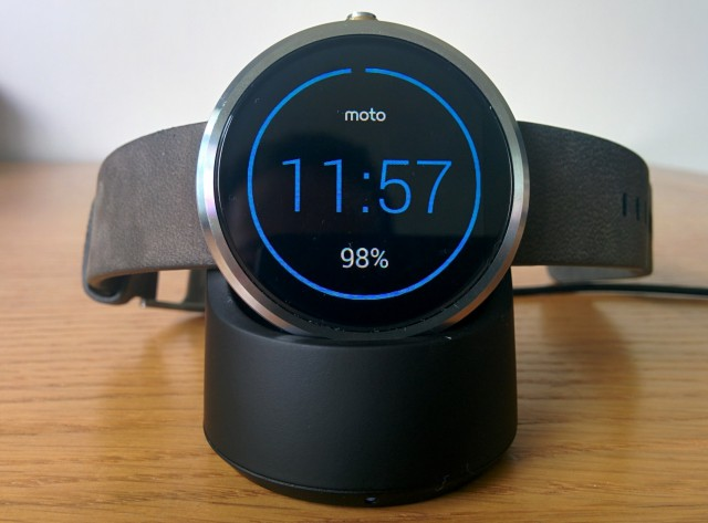 Motorola oulines the features coming for the Moto 360 in Android Wear update 4.4W.2