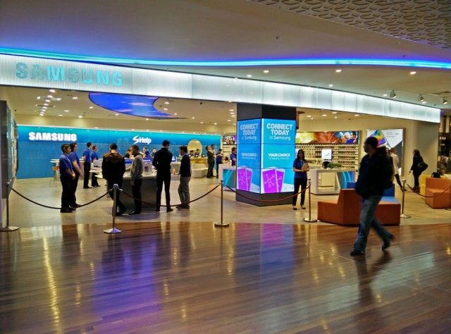 Samsung opens its Melbourne Central store up to the press, grand opening tomorrow