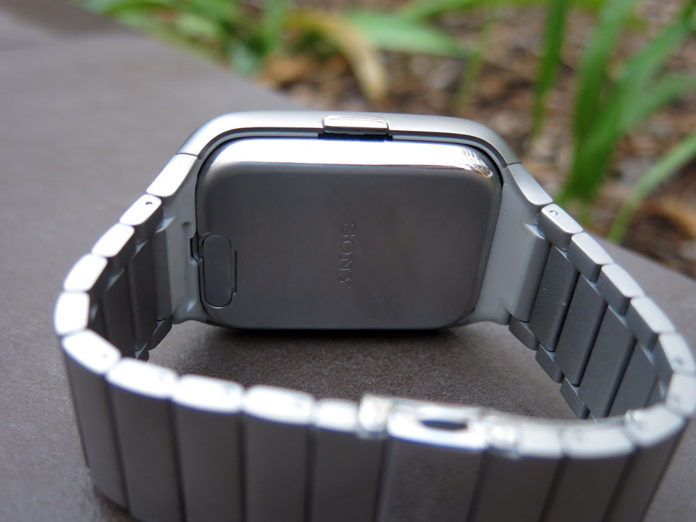 Sony-Smartwatch3-Rear