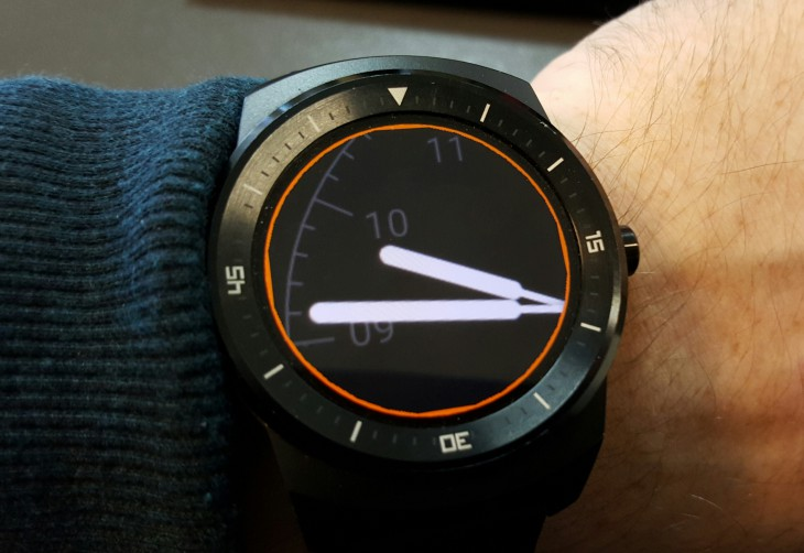 Android Wear screen magnification - watch face
