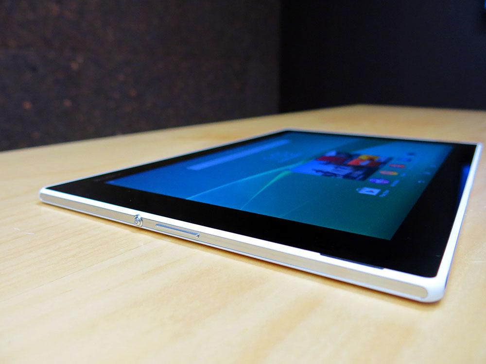 Sony-Z2-Tablet-Left