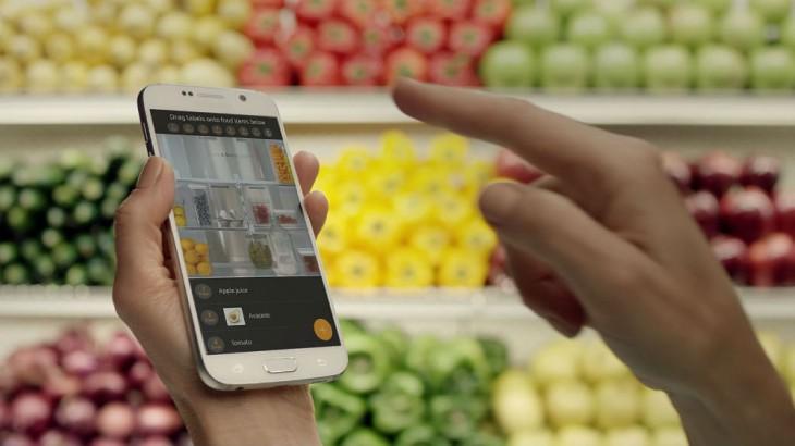 PHOTO-Family-Hub-Refrigerator-on-Samsung-Smart-Home-App