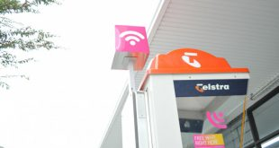 Telstra is opening up their payphones over Christmas for free calls – some free data through Telstra Air too!