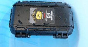 Otterbox Drybox 3250 Tested Underwater